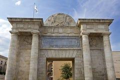 Cordoba Puerta del Puente Royaltyfri Bild