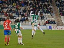 CORDOBA SPANIEN - JANUARI 13: Vincenzo Rennella W (12) i handling under matchligan Cordoba (W) vs Numancia (R) (1-0) på det kommun Royaltyfri Foto