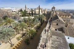 CORDOBA - SPANIEN - 10. JUNI 2016: Ansicht von Alcazar und von Kathedrale M Lizenzfreie Stockfotos