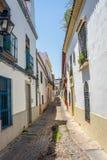 Cordoba Spanien - Juni 20: De tomma gatorna av Cordoba på Juni Arkivbilder