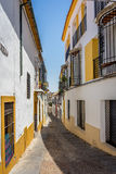 Cordoba, Spanien - 20. Juni: Die leeren Straßen von Cordoba im Juni Stockbilder