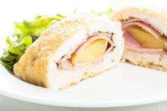 Cordon bleu - chuleta del pollo Imagen de archivo libre de regalías