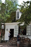 Cordonnier à Williamsburg colonial, la Virginie Image libre de droits