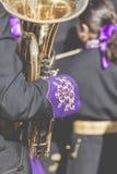 CORDOUE - L'ESPAGNE - 10 JUIN 2016 : Trombones jouant dans un orchestre Photographie stock libre de droits