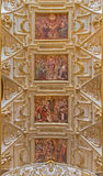 Cordoue - plafond de nef principale dans l'église Iglesia De San Agustin avec les fresques par Cristobal Vela (1588-1654) Photo stock