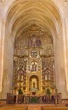 CORDOVA, SPAGNA - 27 MAGGIO 2015: L'altare principale barrocco policromo scolpito in chiesa Iglesia San Nicolas de la Villa Immagini Stock