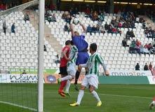 CORDOVA, SPAGNA - 29 MARZO:  Casto R/1) nell'azione durante la lega della partita Cordova (w) contro Murcia (r) (1-1) allo stadio  fotografie stock libere da diritti