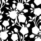 Άνευ ραφής άσπρο σχέδιο με τα τριαντάφυλλα σε ένα μαύρο υπόβαθρο επίσης corel σύρετε το διάνυσμα απεικόνισης Στοκ Εικόνα
