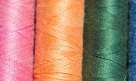 Cores da linha de costura Fotografia de Stock Royalty Free