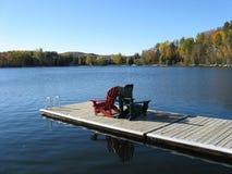 Cores da queda no lago Foto de Stock Royalty Free