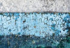 Cores diferentes da parede dois velhos concretos Fotos de Stock Royalty Free