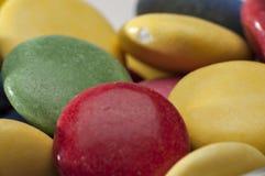 Cores diferentes dos doces de chocolate Fotos de Stock