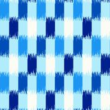 Cores do teste padrão da tela de seda do ikat do Uzbeque, do azul de índigo e as brancas fotos de stock