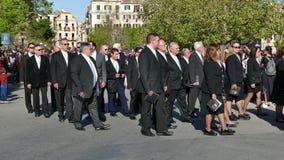 CORFÙ, GRECIA - 7 APRILE 2018: Epitaffio e litania della st Spyridon con l'accompagnamento del philharmonics il sabato santo