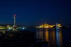 Corfú por noche Foto de archivo libre de regalías