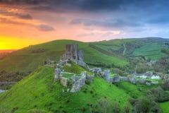 Corfe城堡,英国的废墟 库存图片
