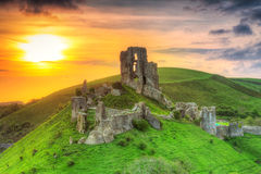 Corfe城堡,英国的废墟 免版税图库摄影