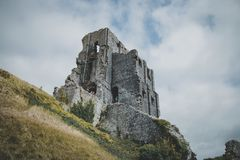 Corfe slott, Dorset, England royaltyfri fotografi