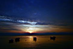 Corfou dans le coucher du soleil, île grecque Images libres de droits