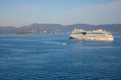 Corfou, Grèce - 16 10 2018 : AIDA bleu est bateau de croisière, actionné par la ligne de croisière allemande, AIDA Cruises dans l photo libre de droits