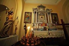 Corfou, Grèce, le 18 octobre 2018, détail de l'intérieur de la cathédrale catholique au centre de la ville photos libres de droits