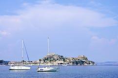 corfu海岛乘快艇 库存图片