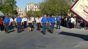 CORFU, GRÉCIA - 7 DE ABRIL DE 2018: Epitáfio e litania de St Spyridon com o acompanhamento do philharmonics em sábado santamente vídeos de arquivo