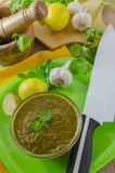 Coriander mint chutney in a bowl Royalty Free Stock Photography