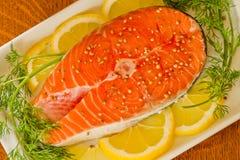 coriandr koperkowej cytryny łososiowy stek Obrazy Stock