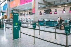Cork International Airport: Aer Lingus überprüfen herein Bereich Lizenzfreie Stockbilder