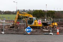 Cork International Airport : construction subissant au rond point en dehors de l'aéroport Photo stock