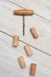 Cork Screw y corchos antiguos Fotografía de archivo libre de regalías