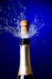 Cork van Champagne het knallen Royalty-vrije Stock Foto's