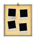 Corkboard con quattro blocchi per grafici della foto Fotografia Stock