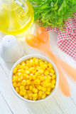 Corn in bowl Royalty Free Stock Images