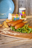 Corn Dogs with Kettle Chips Royalty Free Stock Photography