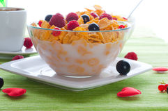 Corn flakes and fresh berries Royalty Free Stock Image