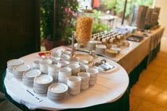 Corn Flakes im Hotel Stockfotos