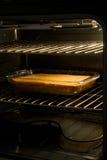 Cornbread of Cake in Oven royalty-vrije stock afbeeldingen