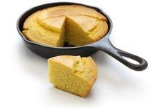 Cornbread casalingo in padella, cottura del sud fotografie stock