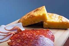 Cornbread com queijo Fotos de Stock Royalty Free