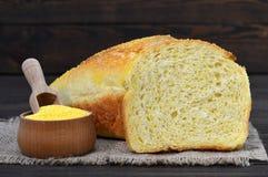 Cornbread- und Maismehl stockfotografie
