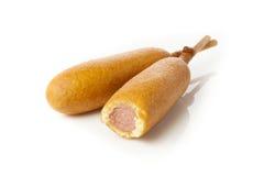 CornDog organique sur un bâton images stock