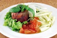 Corned-Beef mit Mischgemüse Lizenzfreies Stockfoto