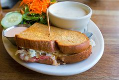 Cornedbeefsandwich en Clam Chowder Closeup royalty-vrije stock foto