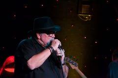 Corneille, jouant chez Dave célèbre Dans de la ville haute, Minneapolis Minnesota Photos stock