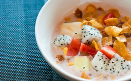 The cornflake with fruit and milk Royalty Free Stock Photos