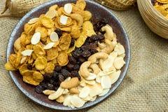 cornflake karmelu przekąski jedzenia odżywiania zdrowy posiłek z teksturą Zdjęcie Stock