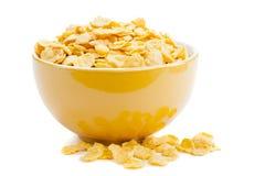 Cornflakes do cereal em uma bacia imagens de stock