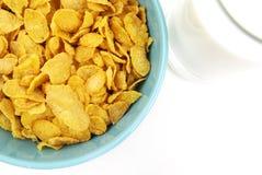 Cornflakes en melk Stock Afbeelding